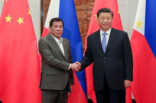Ông Duterte kể chi tiết cuộc trao đổi khó khăn với ông Tập Cận Bình về Biển Đông - 1