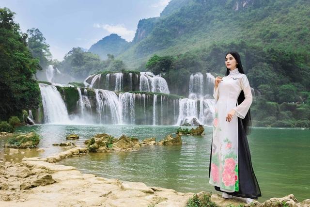 """Lệ Hằng, Hoàng My, Trương Thị May """"đọ dáng""""   - 5"""