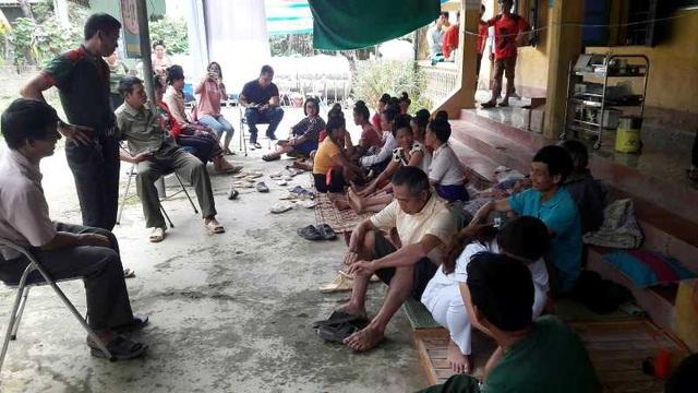 Điện Biên: Đi ăn cỗ nhà mới, hơn 100 người phải đến Trạm y tế cấp cứu - 4