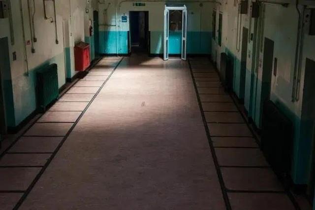 """Ngủ qua đêm ở nhà tù """"ma ám"""", từng được coi là """"nỗi ám ảnh kinh hoàng"""" - 3"""