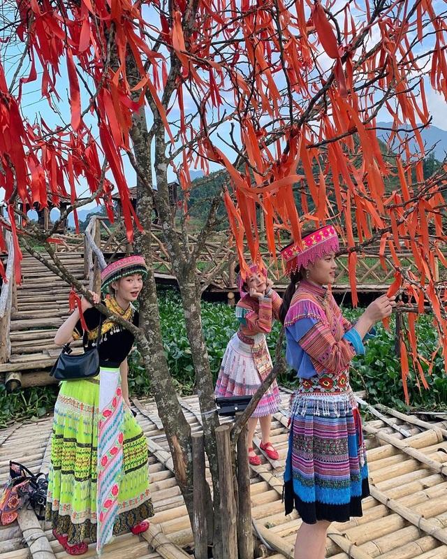 Bộ ba hot girl Chi Pu - Quỳnh Anh Shyn - Sun HT tấu hài cực lầy ở Sapa - 7