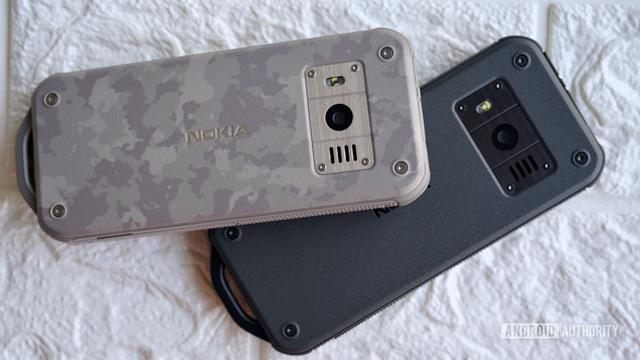 Cận cảnh chiếc điện thoại nồi đồng cối đá vừa ra mắt của Nokia, giá gần 3 triệu đồng - 1