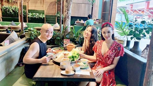 Ở tuổi 34, Lã Thanh Huyền ngày càng sang chảnh bên hội bạn thân - 3