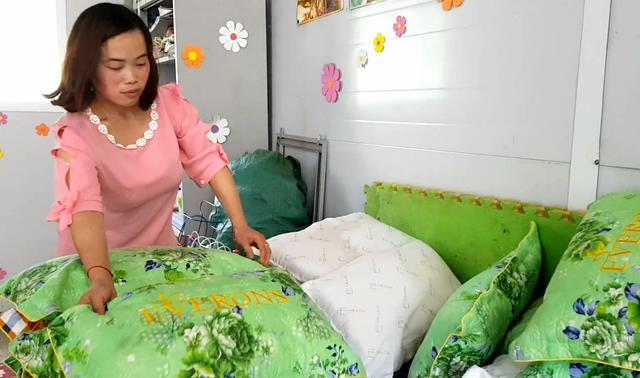 Hai cô giáo hy sinh tuổi xuân để làm mẹ của 17 đứa trẻ H'Mông - 7