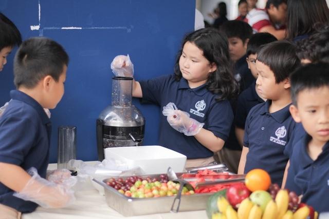 Gần 15.000 học sinh hệ thống giáo dục Nguyễn Hoàng cùng đón năm học mới 2019-2020 - 4