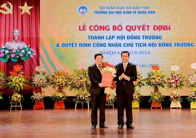 Bộ GDĐT công nhận Chủ tịch Hội đồng Trường - trường ĐH Kinh tế quốc dân - 2