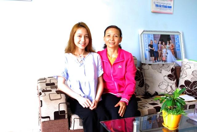 Nữ sinh bị liệt hai chân chinh phục ước mơ vào đại học - 3