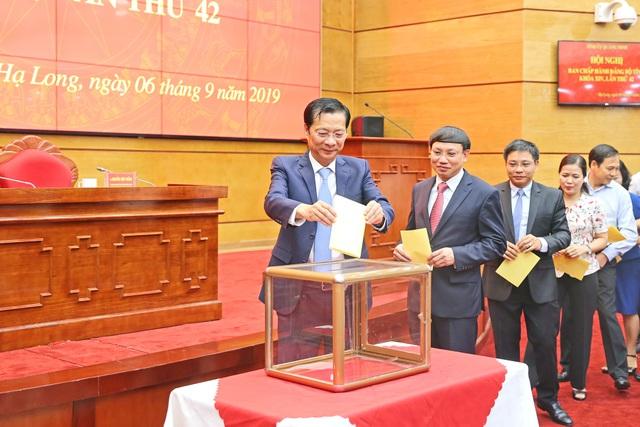 Ông Nguyễn Xuân Ký được bầu làm Bí thư Tỉnh ủy Quảng Ninh - 1