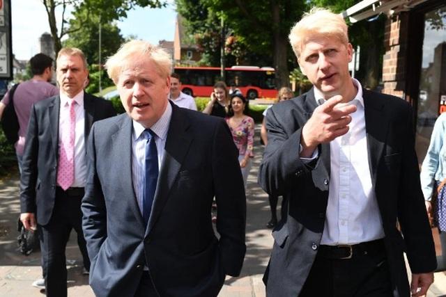 Cuộc chiến Brexit khốc liệt ngay trong gia đình Thủ tướng Anh - 1