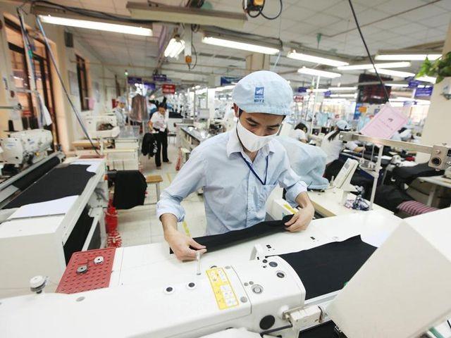 Bỏ quy định 48 giờ làm/tuần, doanh nghiệp Nhật Bản lo tuyển thêm 32.000 lao động - 1