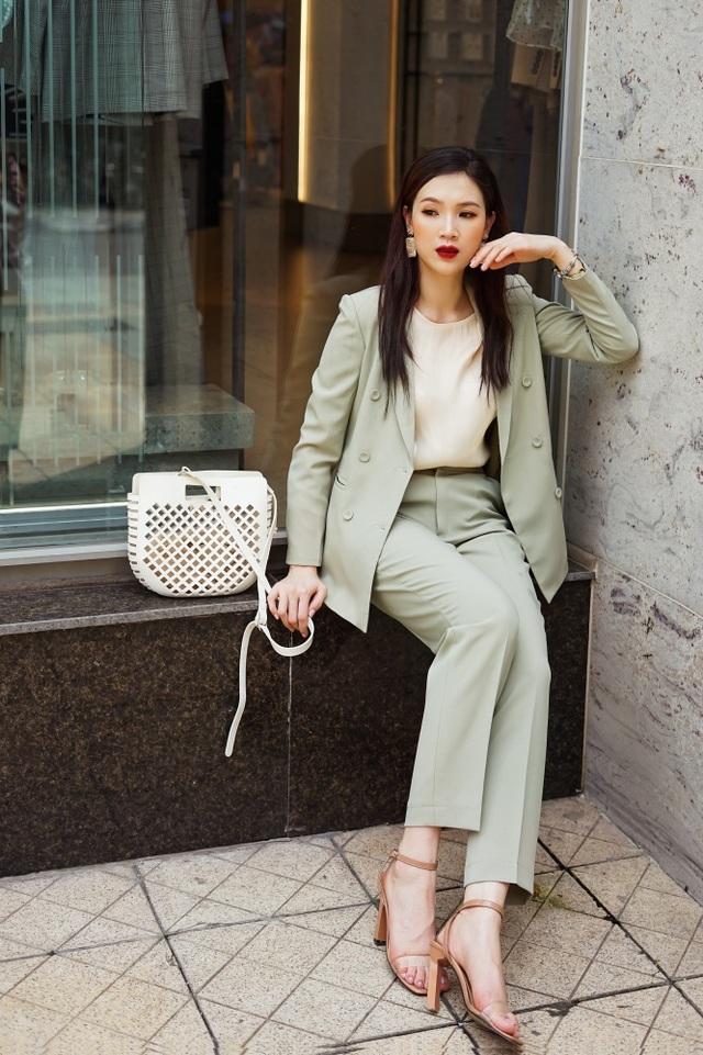 Vóc dáng son trẻ của Hoa hậu Áo dài Phí Linh dù đã là mẹ 2 con - 6