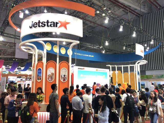 Vé máy bay 11.000 đồng của Jetstar Pacific hút khách tại Hội chợ quốc tế Du lịch - 1