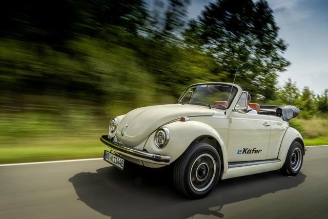 """""""Bọ cánh cứng"""" Beetle tái xuất dưới dạng xe chạy điện - 15"""