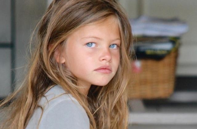 Cô bé đẹp nhất thế giới Thylane Blondeau tình tứ hôn bạn trai - 8