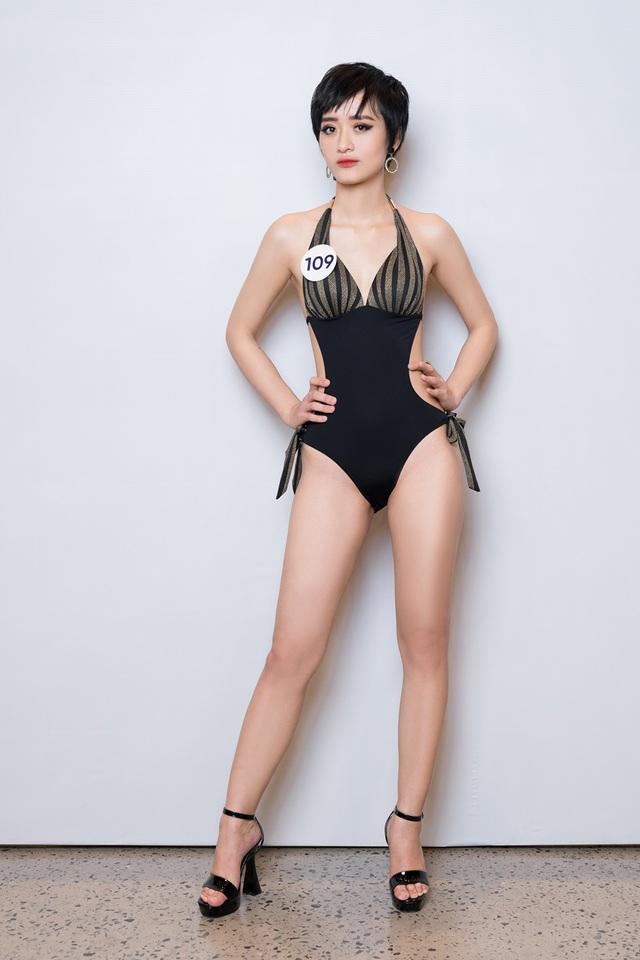 Thúy Vân cùng dàn thí sinh Hoa hậu Hoàn vũ Việt Nam gợi cảm với bikini - 17
