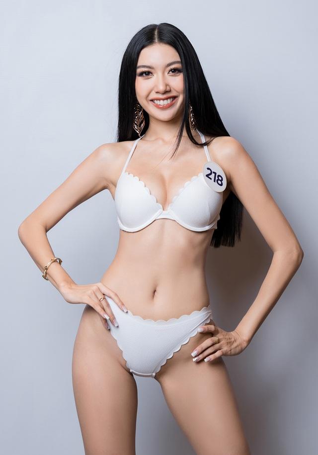 Thúy Vân cùng dàn thí sinh Hoa hậu Hoàn vũ Việt Nam gợi cảm với bikini - 1