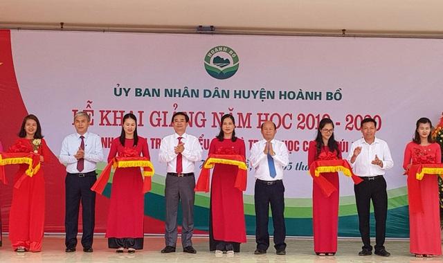 TKV giúp đỡ khánh thành 3 trường tiểu học nhân dịp năm học mới - 5