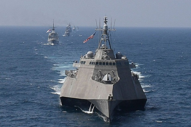 Thông điệp cứng rắn Mỹ gửi Trung Quốc khi diễn tập chung với ASEAN trên Biển Đông - 1