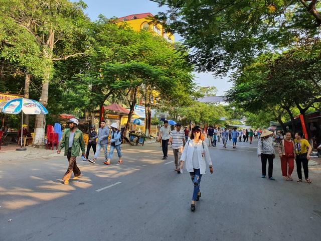 Biển người đổ về Lễ hội chọi trâu Đồ Sơn 2019 - 4