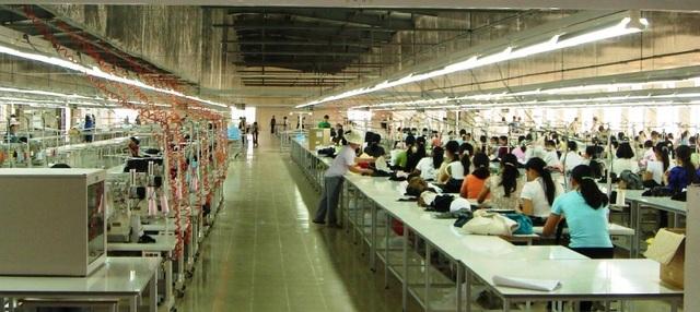 Thuế quan ăn vào lợi nhuận, hàng loạt các công ty theo nhau rút khỏi Trung Quốc - 1