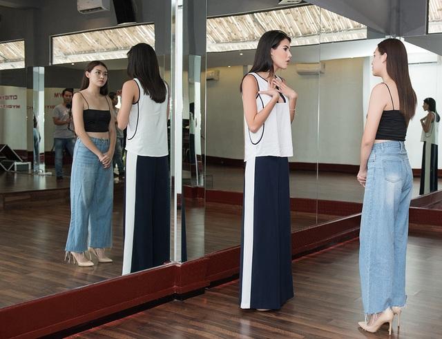 Hoa hậu Quốc tế Mariem Velazco tận tình hướng dẫn Tường San catwalk - 1