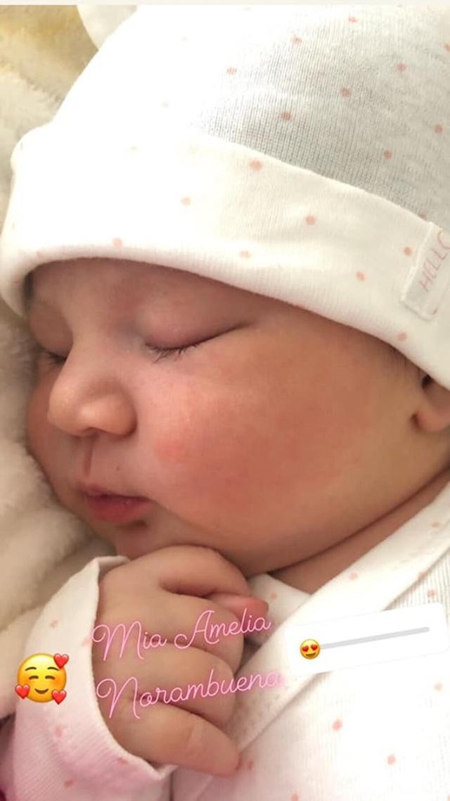 """Chung Thục Quyên bất ngờ tiết lộ mới sinh em bé sau nhiều năm """"ở ẩn"""" - 2"""