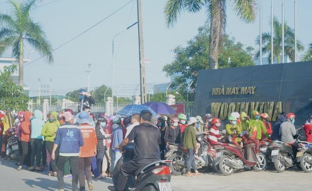 Nghệ An: Gần 1.000 công nhân nhà máy may Wooin Vina đình công - 3