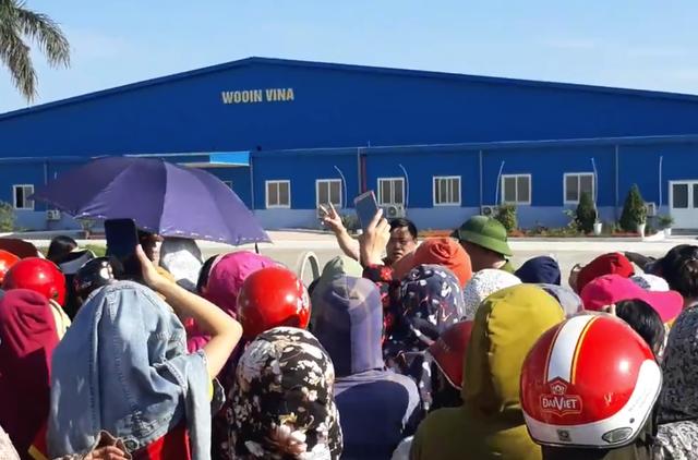Nghệ An: Gần 1.000 công nhân nhà máy may Wooin Vina đình công - 8