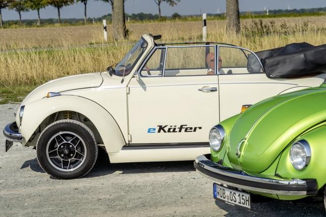 """""""Bọ cánh cứng"""" Beetle tái xuất dưới dạng xe chạy điện - 8"""
