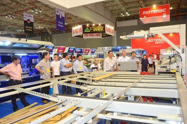 Doanh nghiệp máy móc thế giới hứng thú với thị trường Việt Nam - 1