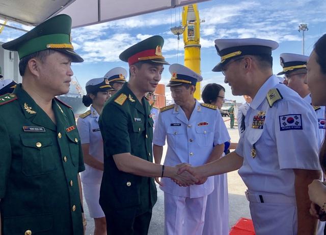 Tàu huấn luyện hải quân Hàn Quốc thăm xã giao Đà Nẵng - 5