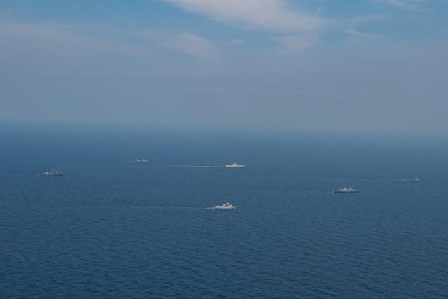 Dàn tàu chiến phô diễn sức mạnh trong diễn tập hàng hải Mỹ - ASEAN - 3