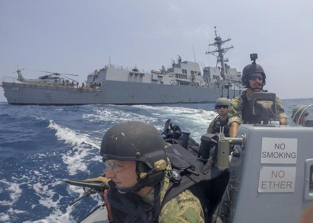 Dàn tàu chiến phô diễn sức mạnh trong diễn tập hàng hải Mỹ - ASEAN - 6