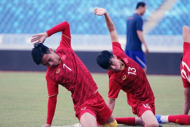 U22 Việt Nam làm quen sân thi đấu, sẵn sàng cho trận gặp U22 Trung Quốc - 12