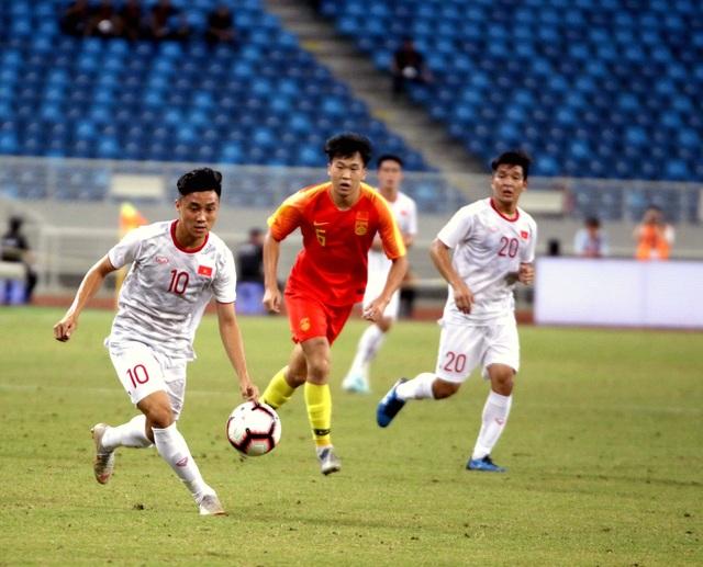 Những khoảnh khắc ấn tượng trong chiến thắng của U22 Việt Nam trước U22 Trung Quốc - 13