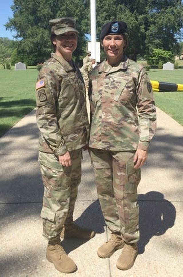 Cặp chị em gái đầu tiên trở thành tướng lục quân Mỹ - Ảnh minh hoạ 2