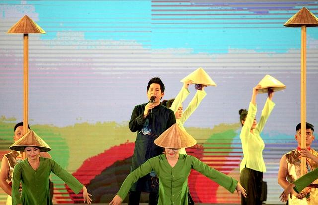 """Ấn tượng chương trình nghệ thuật đặc biệt """"Bến Thủy anh hùng""""  - 7"""