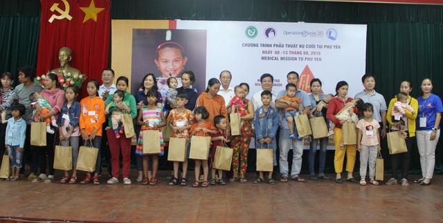 Phú Yên: Khám và phẫu thuật khe hở môi, hàm ếch miễn phí cho hơn 200 trẻ em - 1