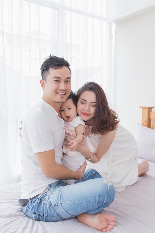 Hoa hậu Thân thiện Đậu Hồng Phúc bất ngờ khoe ảnh sinh con lần 2 - 2
