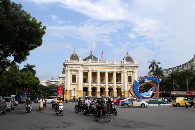 Những di sản kiến trúc còn mãi với thời gian của Hà Nội - 16