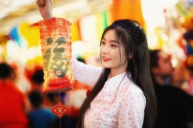 Miss Teen Nam Phương đẹp rạng ngời dạo phố mùa Trung thu - 6