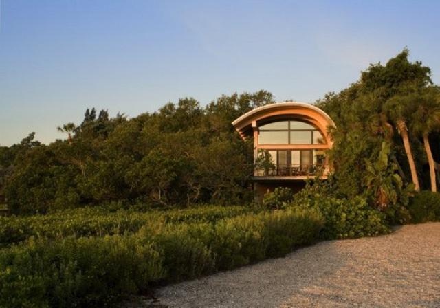 Ngôi nhà lơ lửng giữa rừng cây có view nhìn ra hồ tuyệt đẹp - 8