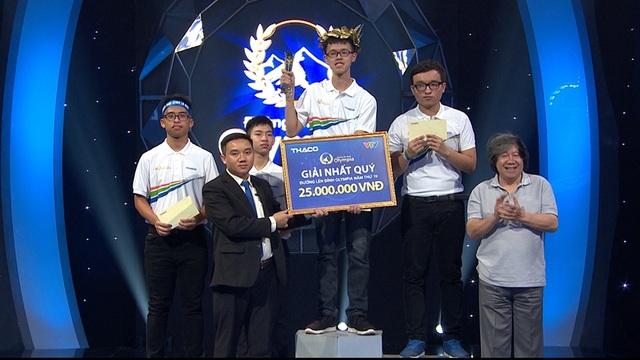 Tấm vé cuối cùng chung kết năm Olympia 19 gọi tên nam sinh Đắk Lắk - 3