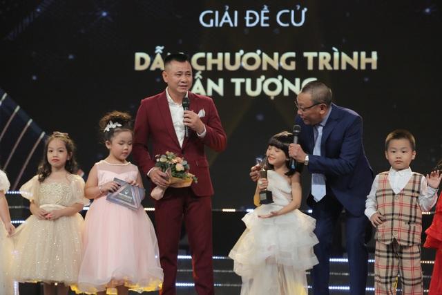 NSND Trung Anh bối rối, Bảo Thanh bật khóc khi nhận giải Diễn viên ấn tượng - 15