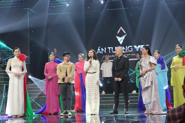 NSND Trung Anh bối rối, Bảo Thanh bật khóc khi nhận giải Diễn viên ấn tượng - 10