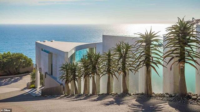 Vẻ đẹp của biệt thự 21 triệu USD nằm bên vách núi trông ra Thái Bình Dương - 17