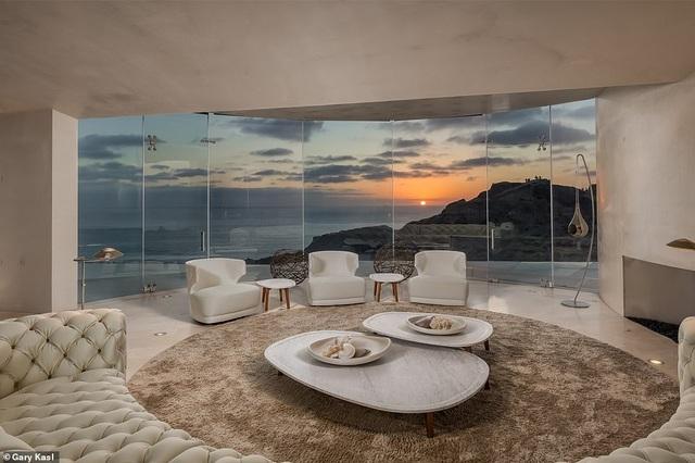 Vẻ đẹp của biệt thự 21 triệu USD nằm bên vách núi trông ra Thái Bình Dương - 23