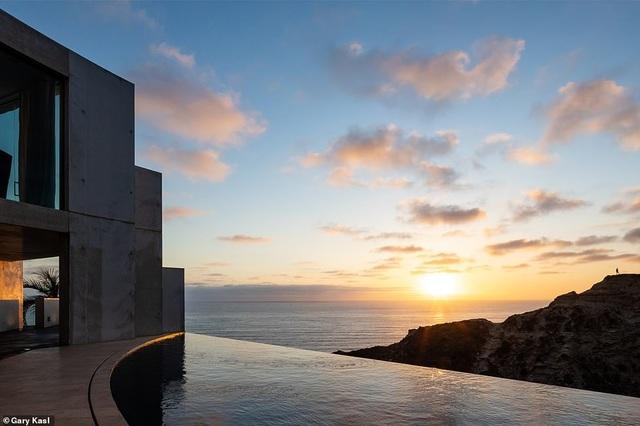 Vẻ đẹp của biệt thự 21 triệu USD nằm bên vách núi trông ra Thái Bình Dương - 29