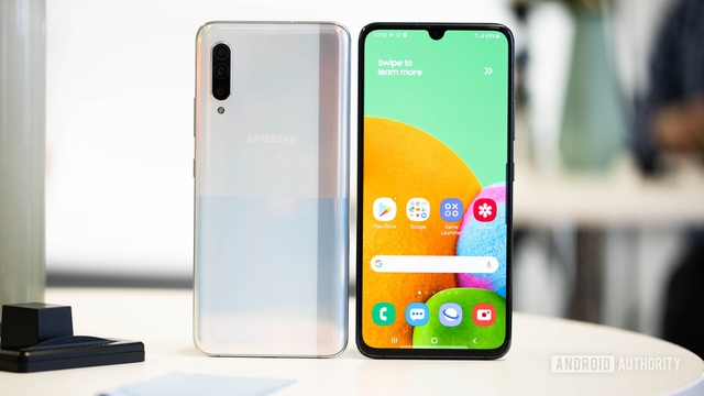 Nhìn lại những smartphone đáng chú ý được ra mắt tại IFA 2019 - 3