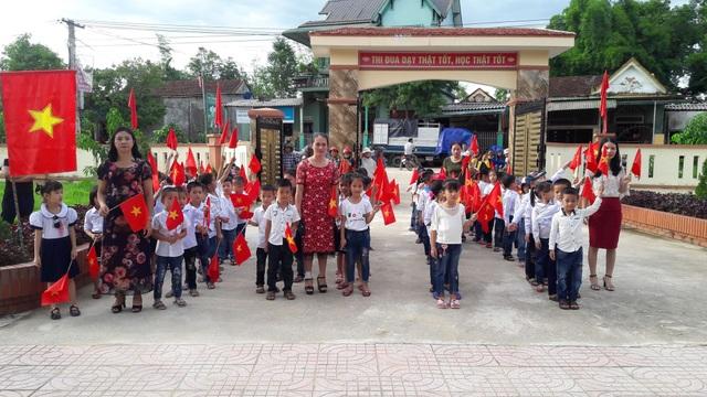 Hà Tĩnh: Nhiều trường học vùng lũ vẫn chưa thể khai giảng - 1